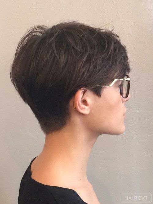 The super short, cropped pixie. 33 Cool Short Pixie Haircuts For 2021 Pretty Designs