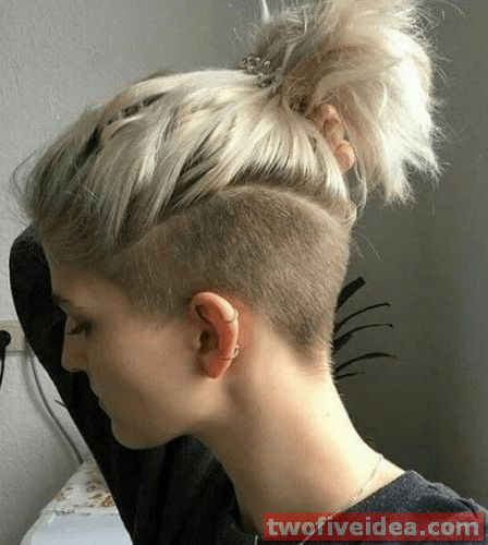 I cut off all my hair about three years ago, and i've never looked back. 25 Undercut Hairstyles Women Undercut Hairstyles Women Undercut Hairstyles Undercut Long Hair