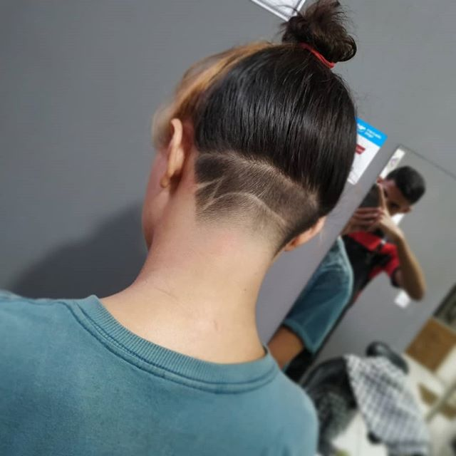 If your hair is fairly long in the back, it can be difficult to take all of the necessary hair for the undercut off with your clippers. 51 Best Undercut For Women That Are Super Trendy In 2020