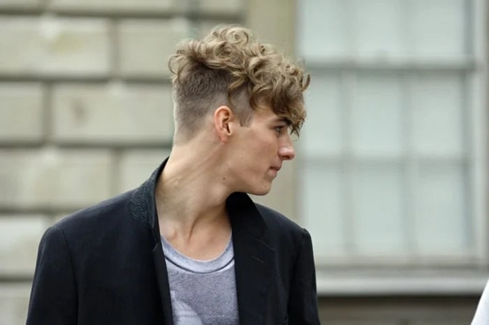 See more ideas about hairstyle, curly undercut, curly hair styles. 20 Best Undercut Hairstyles For Men In 2021 The Trend Spotter