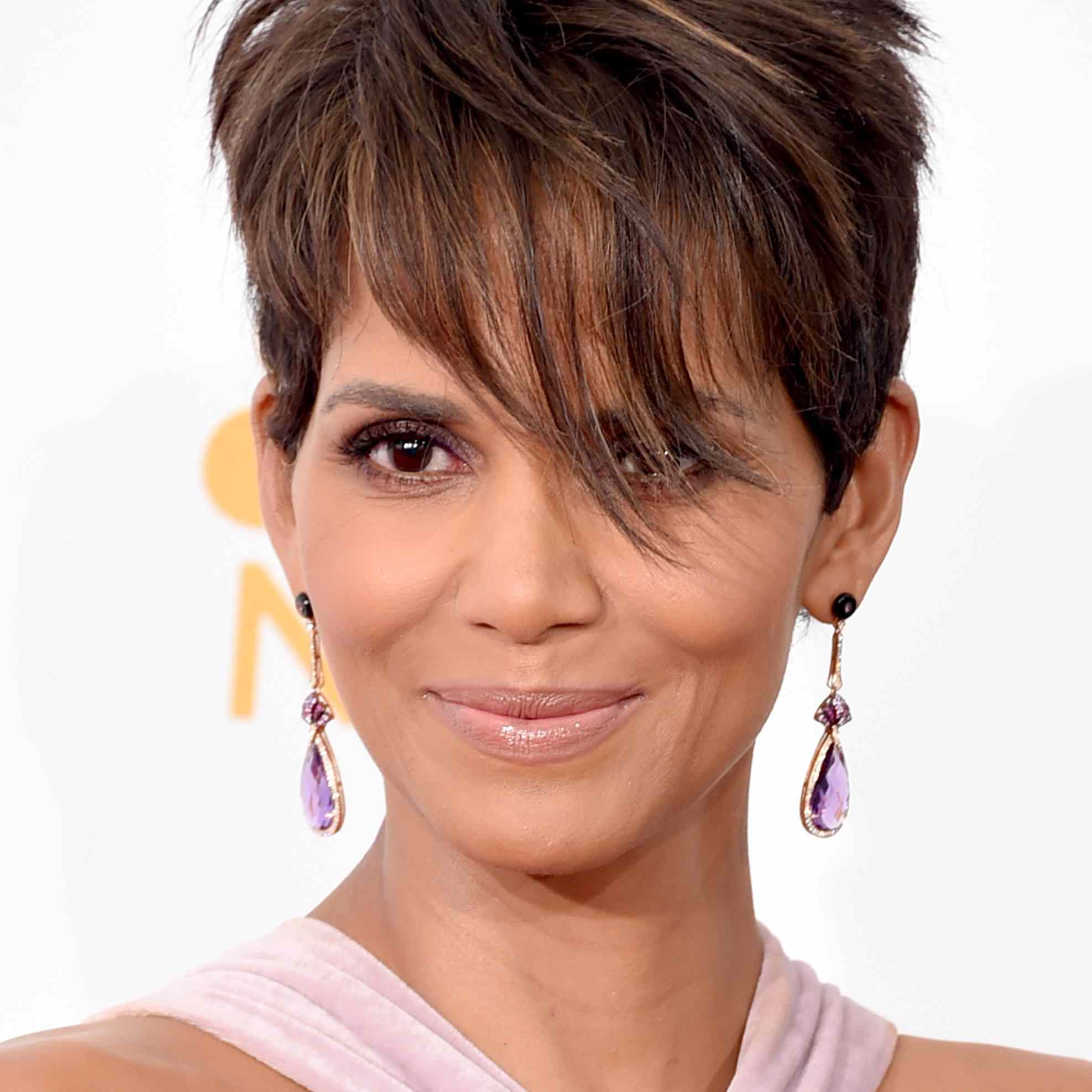 Looking for a crash course in all the latest short hairstyles? 50 Classic And Cool Short Hairstyles For Older Women