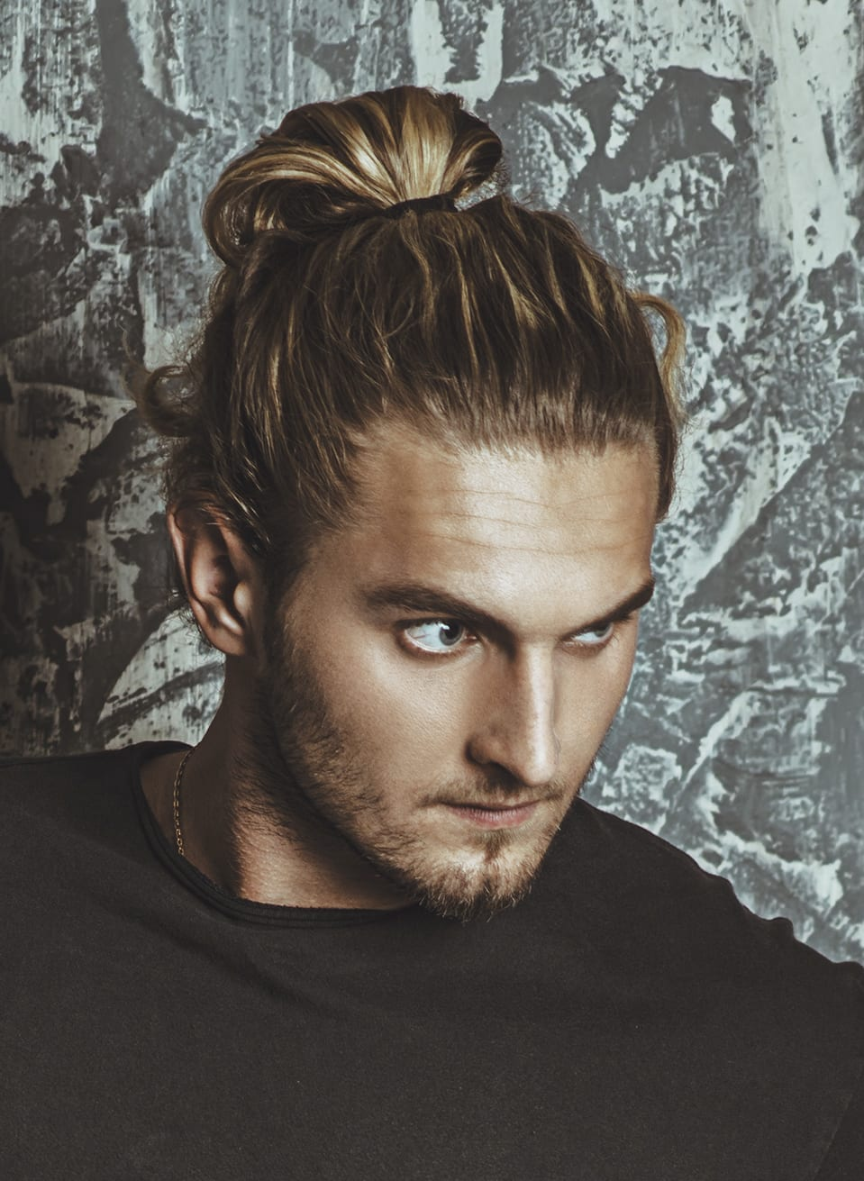 The first step is to identify the spot where you're going to form the man bun. 7 Types Of Man Bun Hairstyles Gallery How To