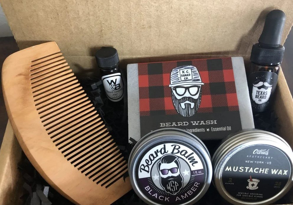 Custom hand made box cases for your nes, snes, as well as some n64, gameboy/color/advance games. 7 Bold Beard Of The Month Subscription Boxes Food For Net