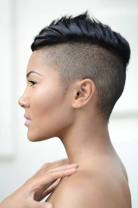 This example shows how a curly pixie haircut looks with a. 22 Amazing Super Short Haircuts For Women Styles Weekly