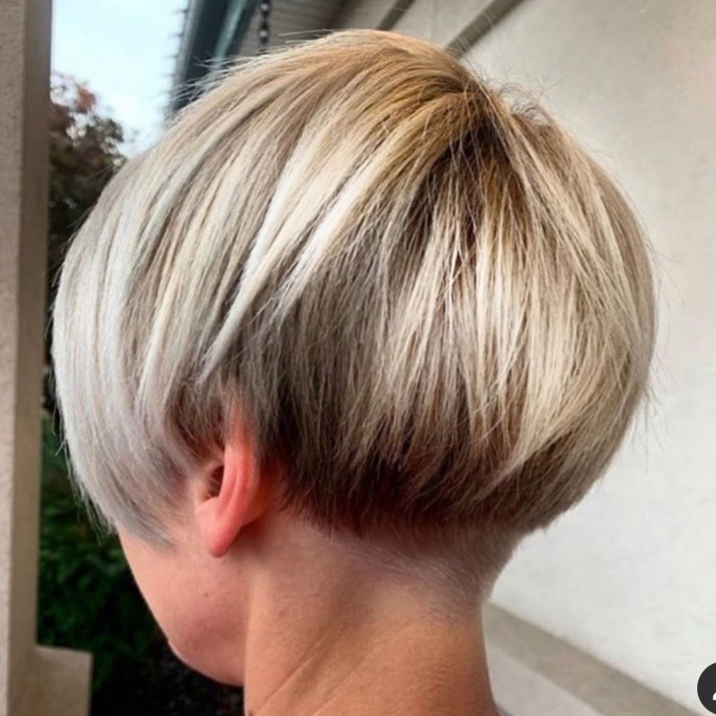 If you want to see most beutiful bob hairdos' examples, you should check these images. Short Undercut Hairstyle For Bob Hair Short Hair Undercut Short Hair Haircuts Undercut Long Hair