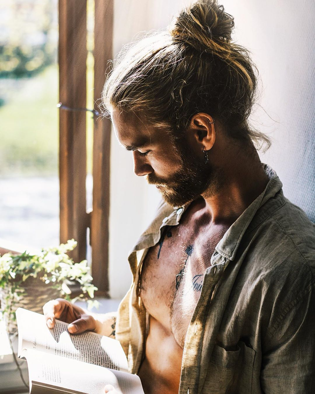 Your fifties should be full of fun, family and making plans for your dream retirement. The Best Man Bun Styles For 2019 Lifestyle By Ps
