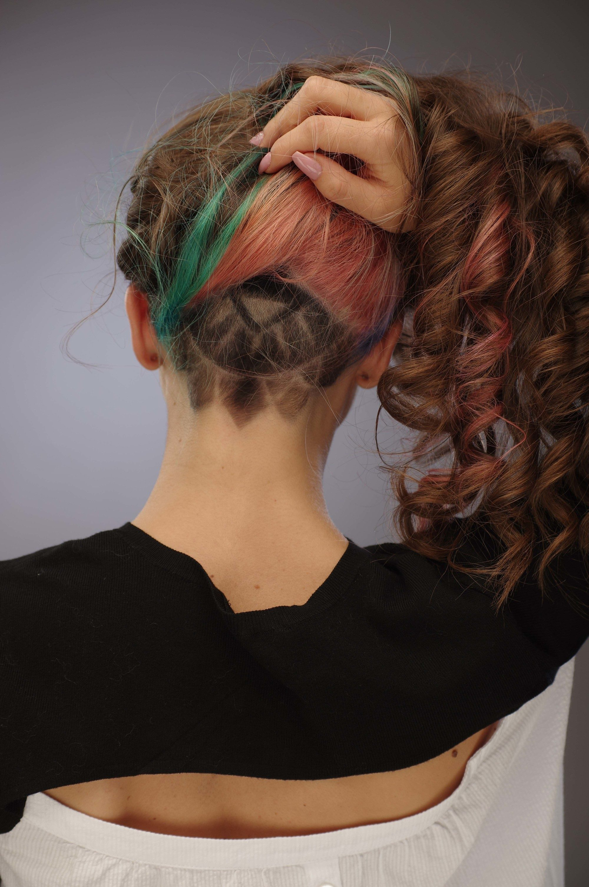 See more ideas about undercut long hair, undercut hairstyles, shaved hair designs. Undercut For Women The Ideal Way To Manage Thick And Long Hair