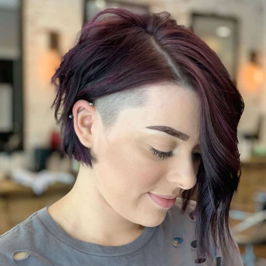 It has the features of the layered haircut. 24 Flattering Undercut Bob Haircuts To Consider This Year