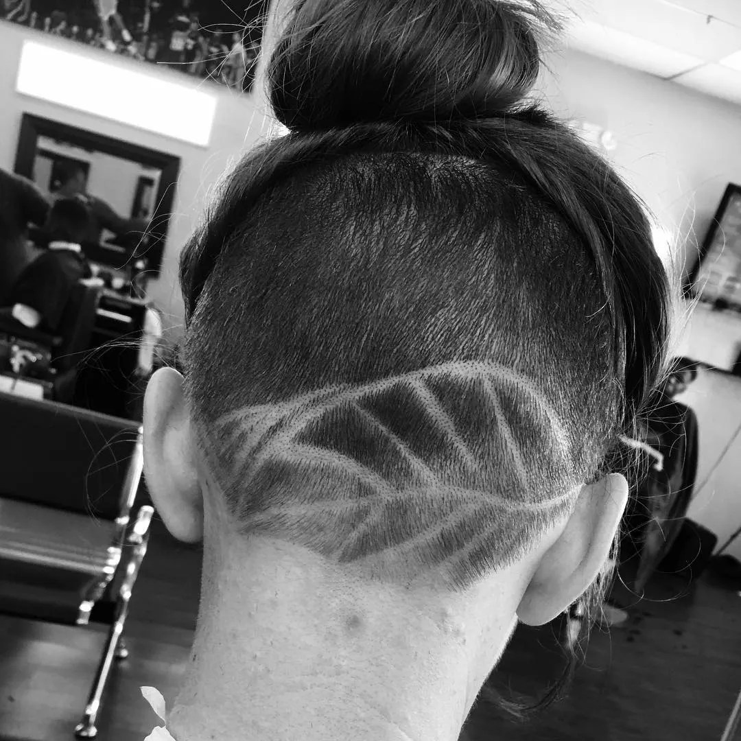 Plum pixie dust undercut long hair. 30 Hideable Undercut Hairstyles For Women You Ll Want To Consider Glamour