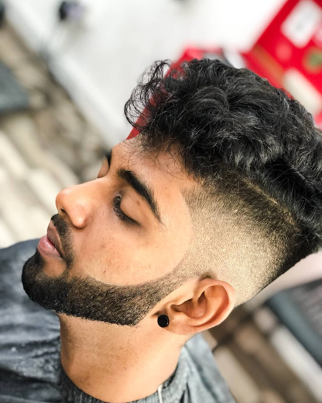 16/1/2016· make sure to get any stray hairs that may be sticking out the sides or bottom. 10 Undercut Hairstyles For Guys In 2021 With New Variations